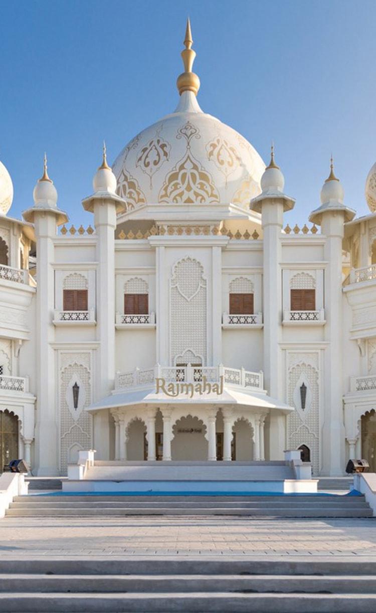 rajmahal-theater-dubai-parks-image-1-phone-min